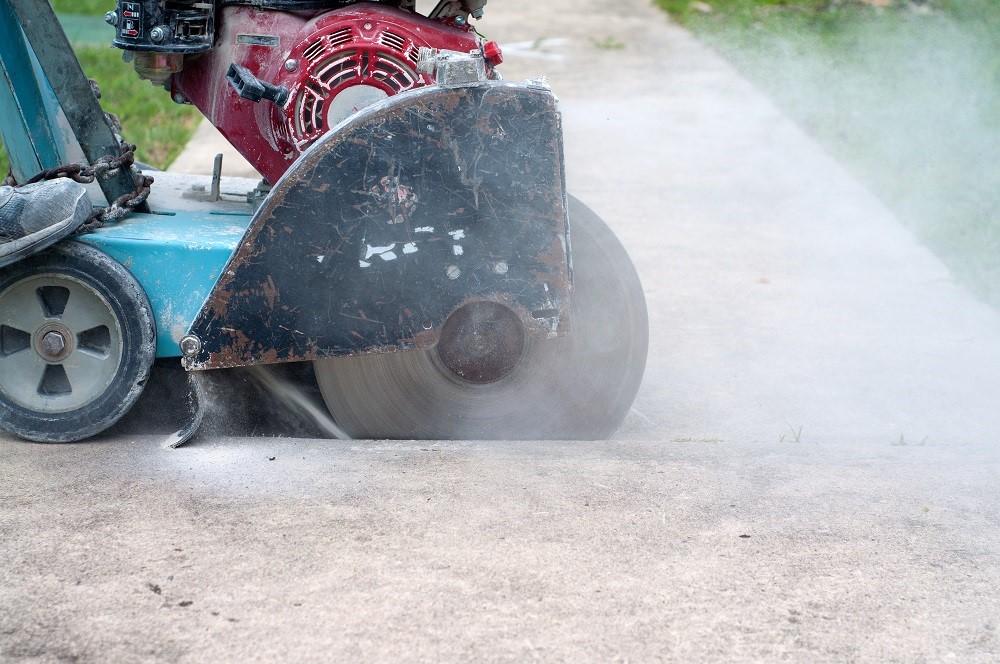 concrete sawing process