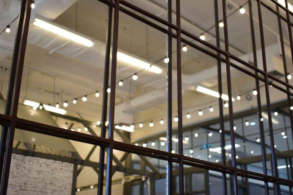 interior-decor-steel