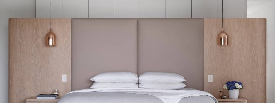 comfortable-modern-bedroom