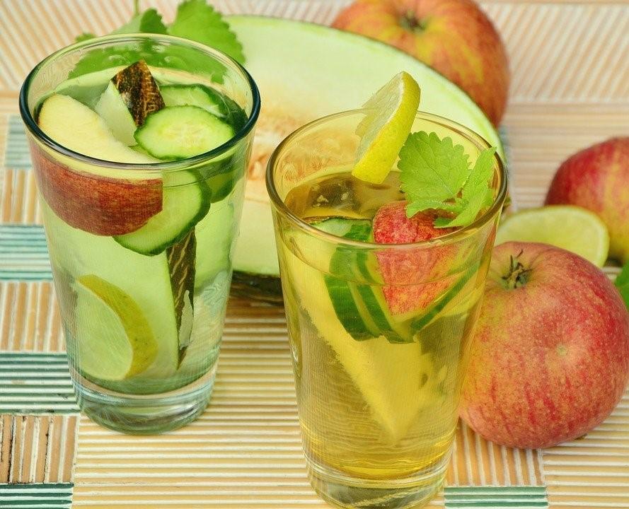 detox-fruit-water