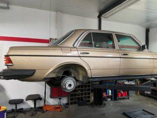 essential tools for car restoration